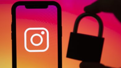 Фото Facebook и Instagram обвиняют в слежке за людьми с помощью камер смартфонов