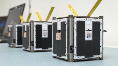 Фото НАСА запускает спутники для тестирования технологии роя